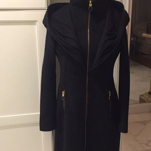 Tahari zippered coat